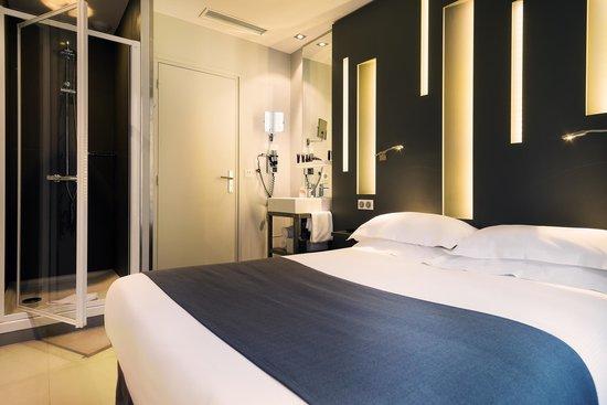 Hotel Arc de Triomphe Etoile: Chambre double