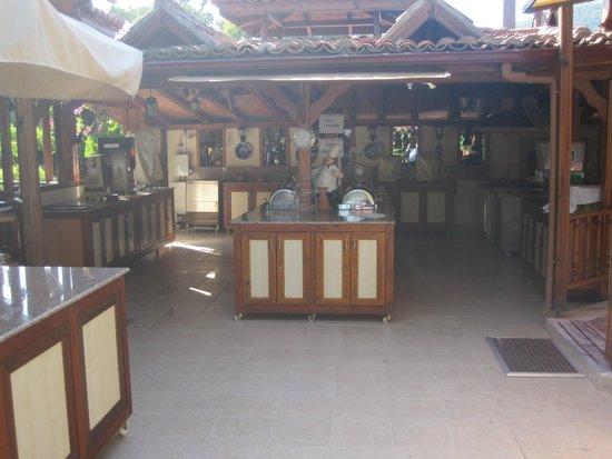 Hotel Asur /Assyrian Hotel: Breakfast area
