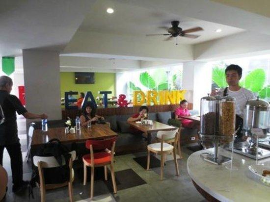 Ion Bali Benoa Hotel: dining room
