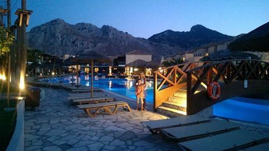 Holiday Village Rhodes : Activity Pool side