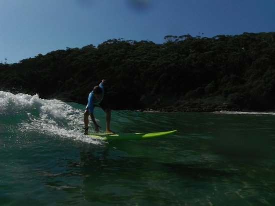 Port Stephens Surf School: i'm getting better