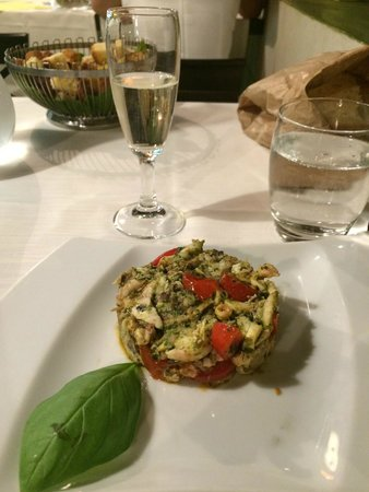 Nerino Dieci Trattoria : Octopus salad and Welcome bubbly on-the-house