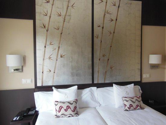 Hotel Paseo del Arte: お部屋内装 オリエンタル