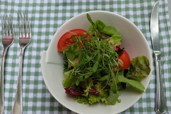 Restaurant Rossli: Salat inbegriffen