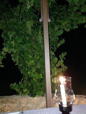 Auberge des Salles : Dettaglio del tavolo del ristorante