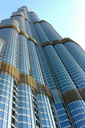 Armani Hotel Dubai: view from the armani pool