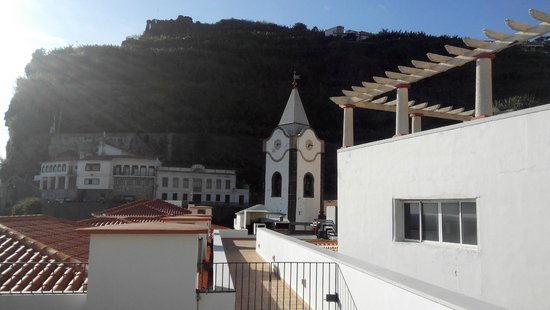 Enotel Baia: Vista do terraço para a Igreja