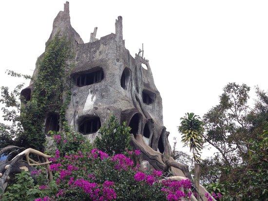 Crazy House : Очень необычно