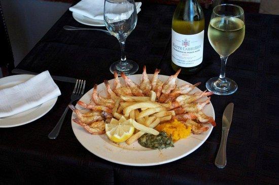 Ocean Blue: Delicious prawn platter grilled in lemon butter sauce