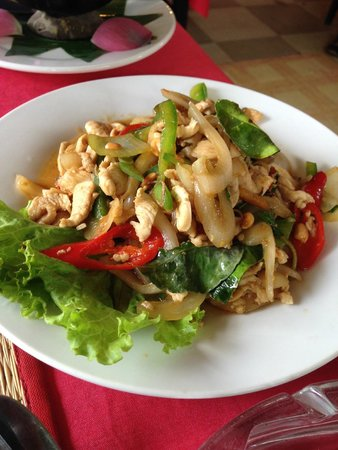 Some spicy chicken dish picture of khmer angkor kitchen for Angkor borei cambodian cuisine