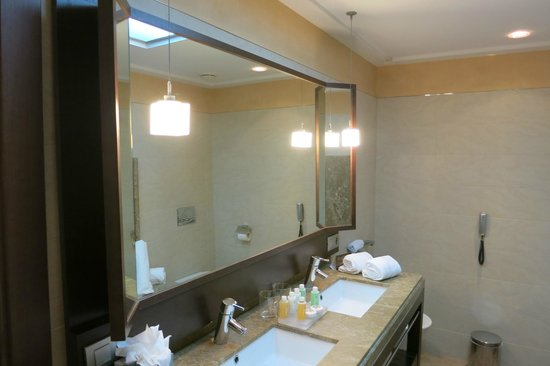 Insotel Fenicia Prestige Suites & Spa: Bathroom