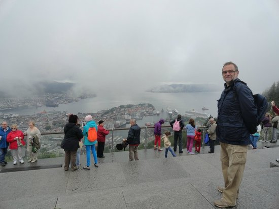 Mount Floyen and the Funicular (Floibanen): la città sotto di noi