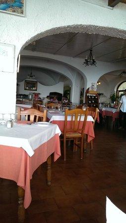 Ristorante da Costantino: indoor setting