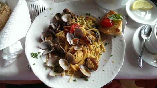 Ristorante da Costantino: clam pasta
