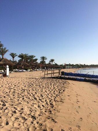 Maritim Jolie Ville Resort & Casino Sharm El-Sheikh : Пляж