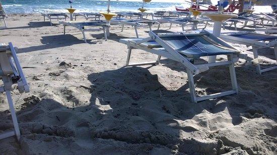 Barone di Mare : Sporcizia in Spiaggia