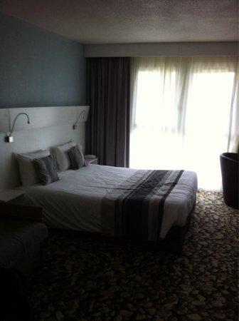 Mercure Les 3 Iles Chatelaillon Plage Hotel : Chambre