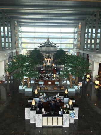 Novotel Bangkok Suvarnabhumi Airport: Foyer