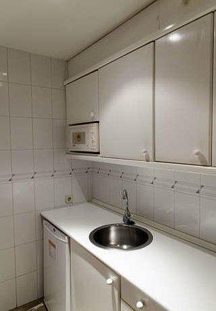 Aparthotel G3 Galeon: Cocina