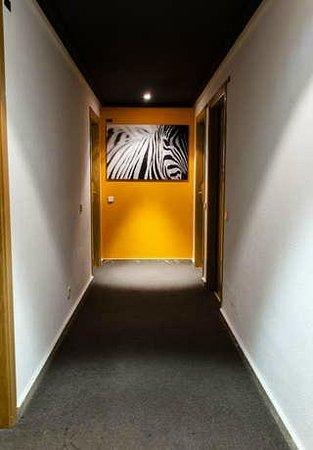 Aparthotel G3 Galeon: Pasillo
