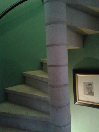 Arkell House B&B: stairs