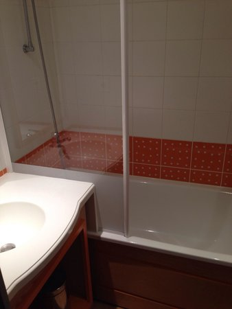 Apartamentos Pierre & Vacances La Corniche de la Plage: Salle de bain , duplex 4 personnes