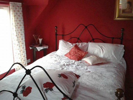 Arkell House B&B: master suite