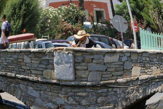 Boat Excursion to Symi by Tourtlee: Il suonatore di tromba