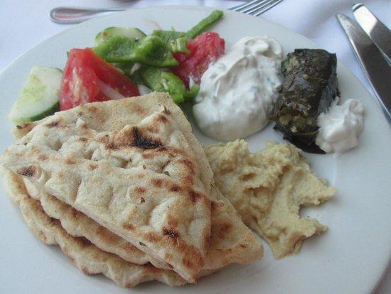 Atlantica Imperial Resort & Spa: Greek Night in Main Restaurant