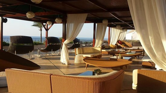 Atlantica Imperial Resort & Spa: Balcony Bar