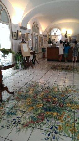Santa Caterina Hotel : The lobby