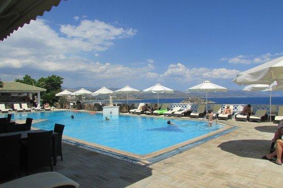Hotel King Minos: grande piscine