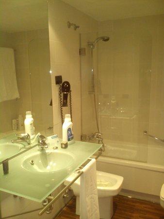 AC Hotel La Linea: bagno
