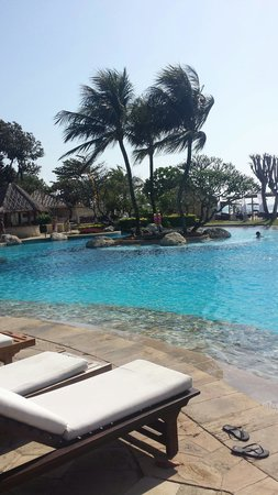 Grand Aston Bali Beach Resort: Pool