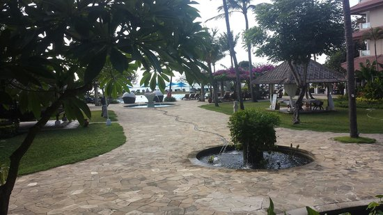 Grand Aston Bali Beach Resort: View from Breakfast area