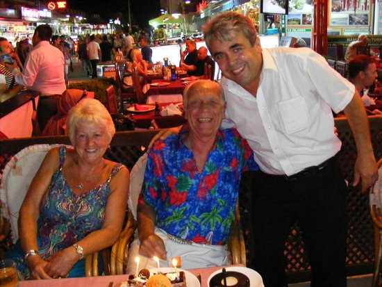 Joseph's Restaurant: Rita and Bill with George ( Great Photograph)