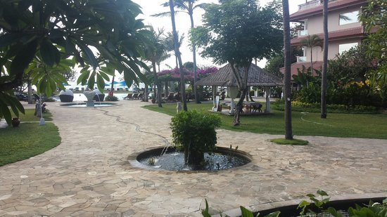 Grand Aston Bali Beach Resort: Take two, view from breakfast area