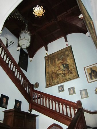 Castello Dal Pozzo: scalinata