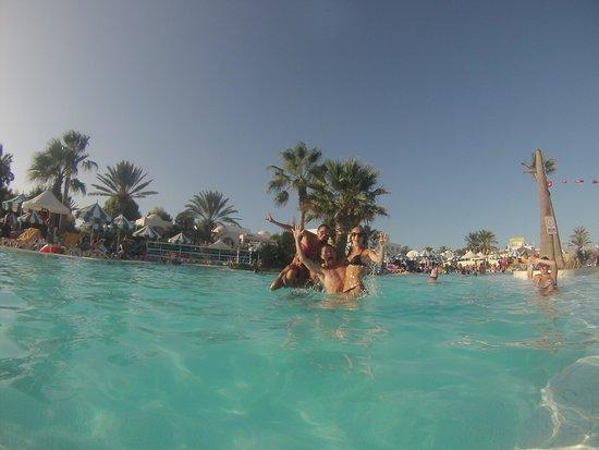 Winzrik Resort & Thalasso Djerba : Photo dans la piscine