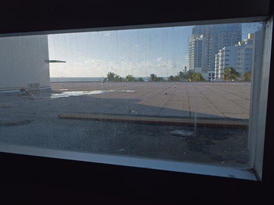 Deauville Beach Resort: panorama dall'unica finestra