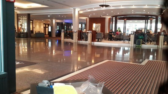 The Westin Grand Munchen: The Lobby August 2014