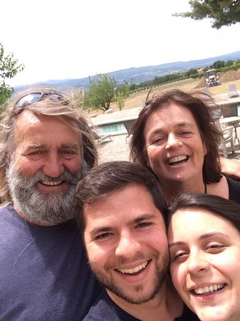 Le Domaine Saint Jean : passamos por provence e tivemos a alegria de conhecer este casal!