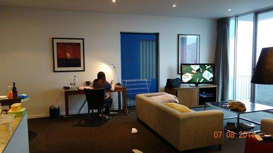 Adina Apartment Hotel Melbourne on Flinders: Living Room