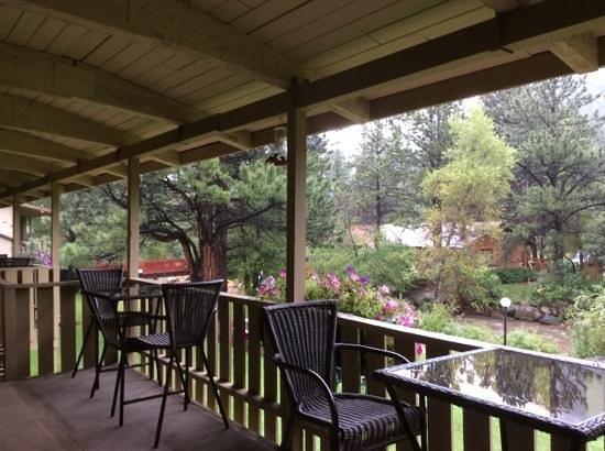 Deer Crest Resort: See the hummingbirds?