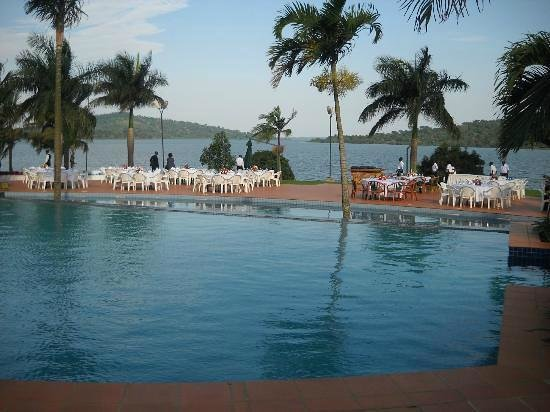 Munyonyo Commonwealth Resort : BEACH SIDE DINNING
