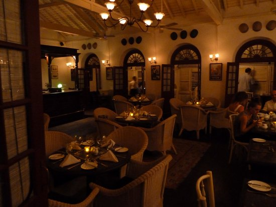 Royal Bar & Hotel: restaurant