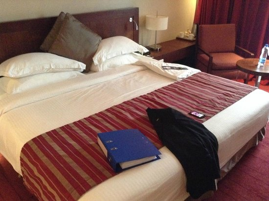 Radisson Blu Anchorage Hotel, Lagos: My lovely king size bed!