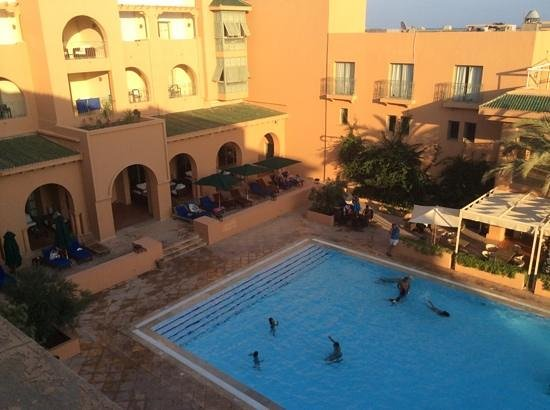 Alhambra Thalasso Hotel : pool