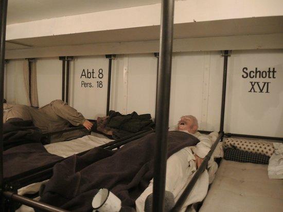 Deutsches Auswandererhaus: Im Schlafsaal (Abteilung 8 - Schott XVI) der dritten Klasse