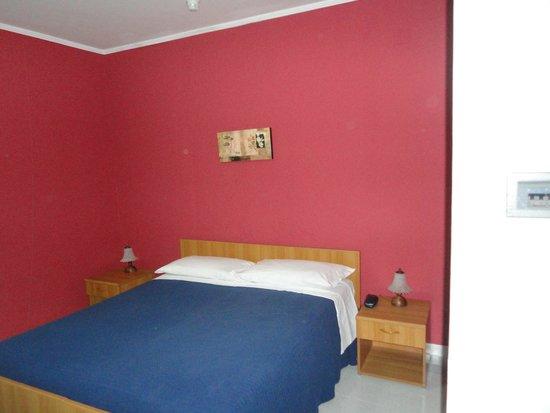 Hotel Villa Rosa: room again